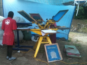 Memnon's screen printing machine